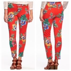 Old Navy Pixie Red Floral Print  Ankle Pant Sz 8