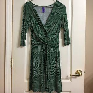 Seraphine Dresses & Skirts - Seraphine maternity dress
