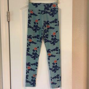 LuLaRoe Pants - Lularoe PINEAPPLE tween leggings