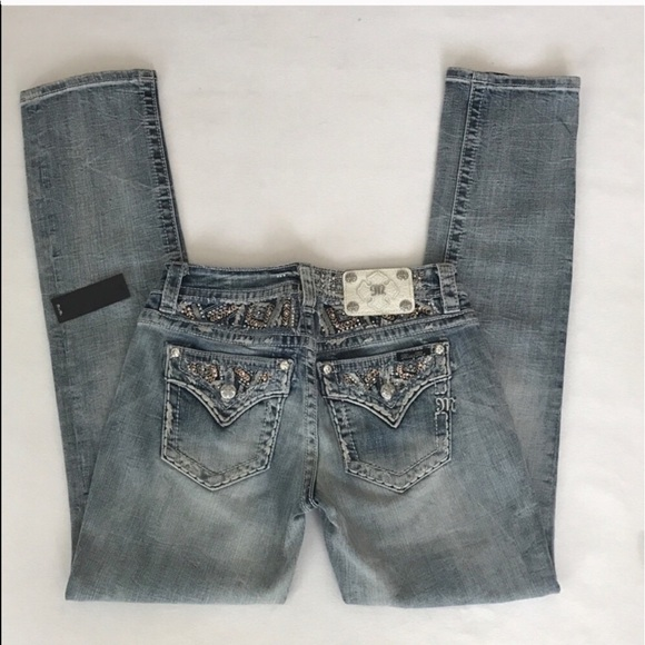 Women's jeans are the foundation of any great wardrobe. Whether your look is edgy, /10 (K reviews).