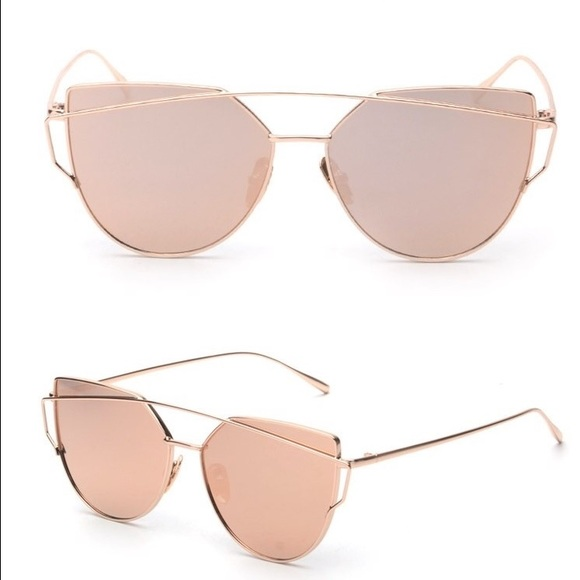 80% off Accessories - Pink mirrored sunglasses fashion ...