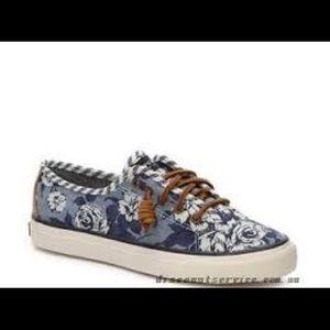 Blue floral sperrys