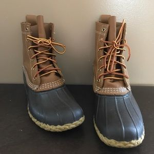L.L. Bean duck boots size 9 narrow