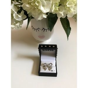 Guess Jewelry - Guess Bow Ring
