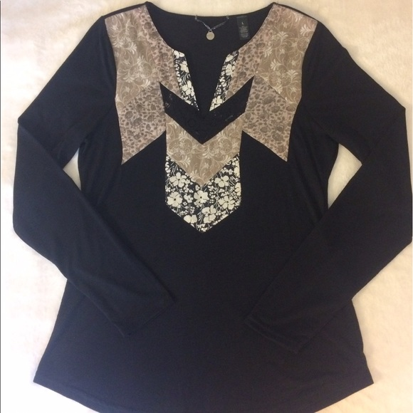 76 off bke tops black long sleeve bke boutique shirt for Do gucci shirts run small