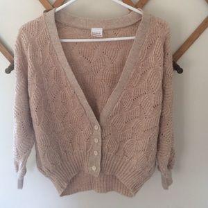 Primark Sweaters - •Primark• Three Quarter Sleeve Crop Sweater