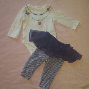 Carter's Other - 🐘Adorable 3M CARTERS Outfit