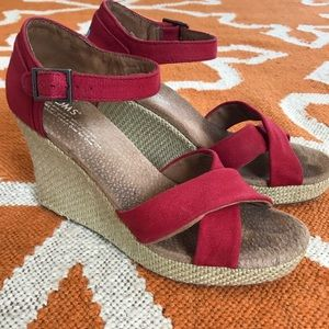 Toms strapped wedge sandal