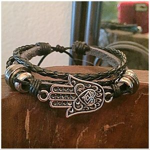 InEveryCorner Jewelry - 30% OFF BUNDLES💐 Leather Silver Hamsa Bracelet💐