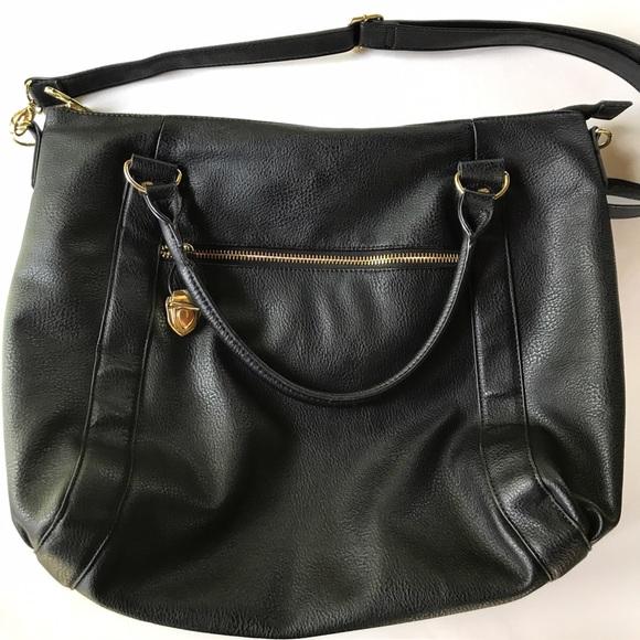 0f2b4523b31d Steve Madden Large Black Crossbody Bag. M 594ac740c28456b32008100b
