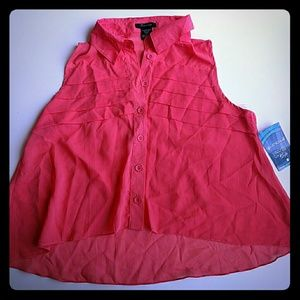 Coral flowy top with pleats