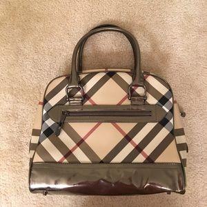 Burberry Handbags - Burberry handbag  in Like new condition!