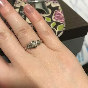 Kay Jewelers Jewelry - Kay jeweler promise ring size 4.5
