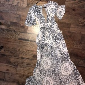 American Threads Dresses & Skirts - Gorgeous Maxi/Romper worn once