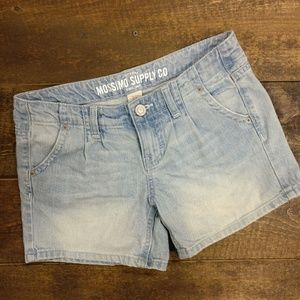 Mossimo Supply Co. Shorts - Mossimo Pleated Light Denim Jean Shorts