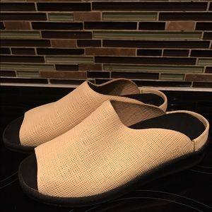 Birkenstock Shoes - Tatami Slides Made by Birkenstock 🌀