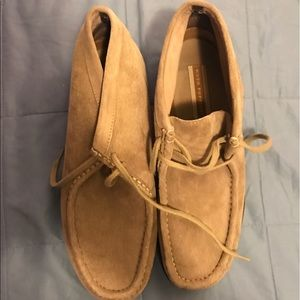 Hush Puppies Other - NWT MEN HUSH PUPPIES Taupe SUEDE Bridgeport  SZ. 9