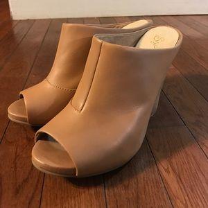 Seychelles Shoes - ✨SALE✨• SEYCHELLES • heeled mules