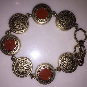 Jewelry - Stunning Bracelet