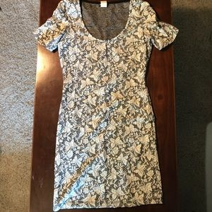 Wet Seal, size M, lace stretch dress, gray & white