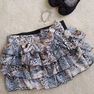 Dresses & Skirts - 🌞5 for 25!🌞 Animal Print Ruffled Skirt