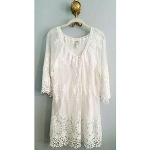 XCVI Dresses & Skirts - White Lace Dress