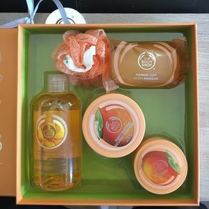 the body shop Other - The Body Shop Gift Box with everything Mango