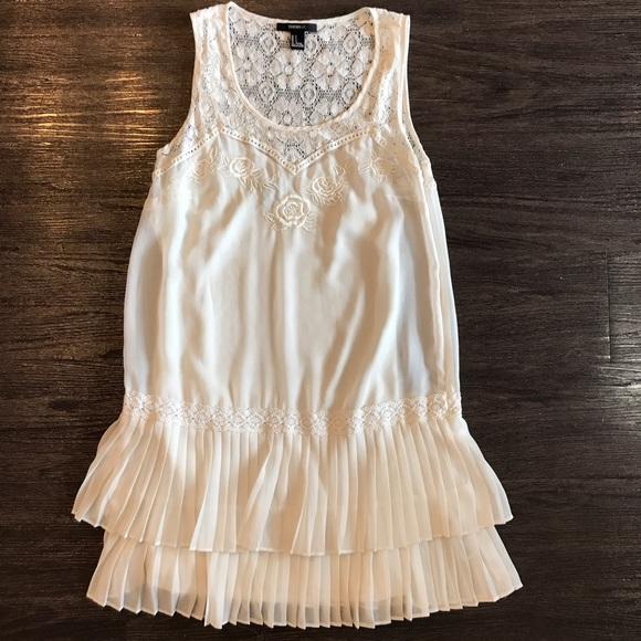 ffcc9bffbbb Forever 21 Dresses   Skirts - Forever21