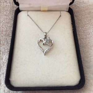 Kay Jewelers Jewelry - Heart necklace!
