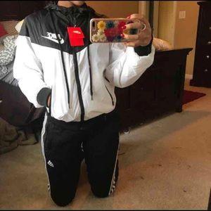 Nike Other - SMALL BLACK AND WHITE NIKE WINDBREAKER