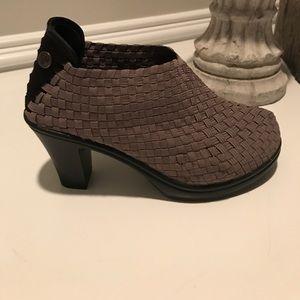 bernie mev. Shoes - Bernie Mev Chesca Ankle Bootie (NWOB)