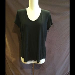 Vince black women's t-shirt NWT small/med