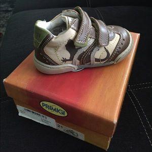 Primigi Other - Primigi Toddler Boys Shoes size eu 21 /5.5 us