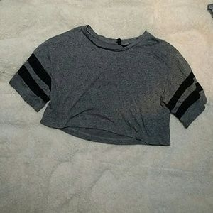 Divided Tops - Cropped T-Shirt