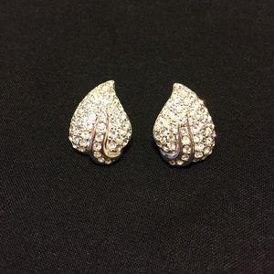 Jewelry - 🌿Rhinestone Encrusted Pierced Leaf Earrings 🍃