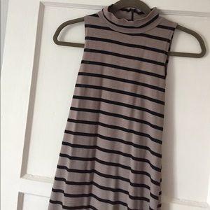 Monrow Dresses & Skirts - Monrow brand dress in sz small