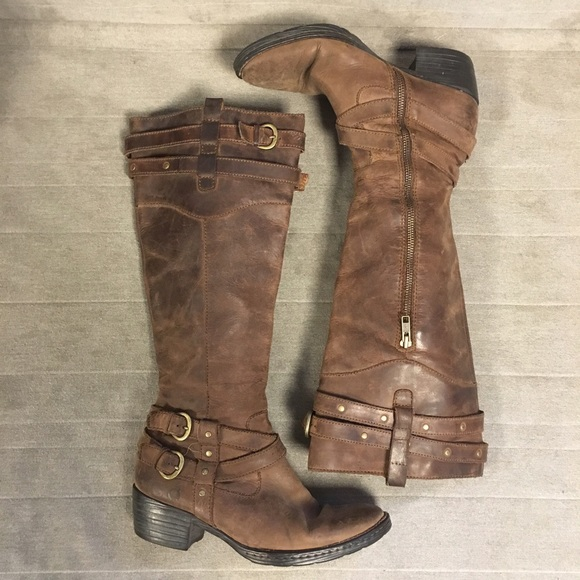92 off born shoes distressed boho brown born riding boots 7 5 from akayla 39 s closet on poshmark. Black Bedroom Furniture Sets. Home Design Ideas