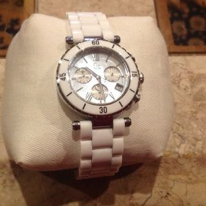 Guess white ceramic watch. Like new!