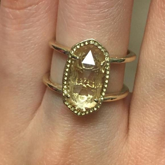 Elyse Ring In Metallic Gold. Elyse Anneau En Or Métallique. - Size 6 (also In 7,8) Kendra Scott - Taille 6 (également À 7,8) Kendra Scott