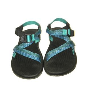 Chacos Shoes - Women's authentic blue Chacos size 8