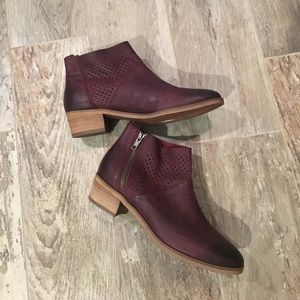 Hinge Shoes - New!  Hinge booties