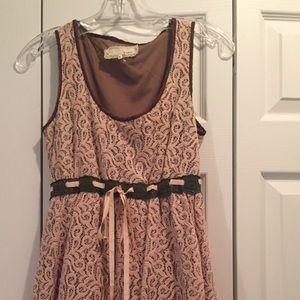 Areve Dresses & Skirts - Super cute layered dress!