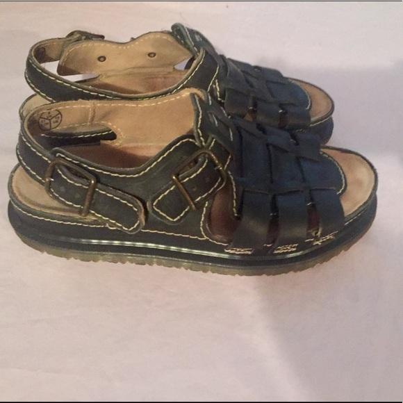 55 off dr martens shoes dr martens air wair fisherman. Black Bedroom Furniture Sets. Home Design Ideas