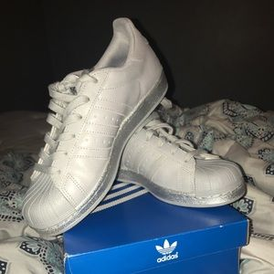 adidas Shoes - Silver adidas superstars (worn once)