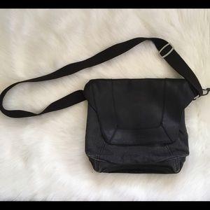 Keen Handbags - KEEN Messenger bag Crossbody purse