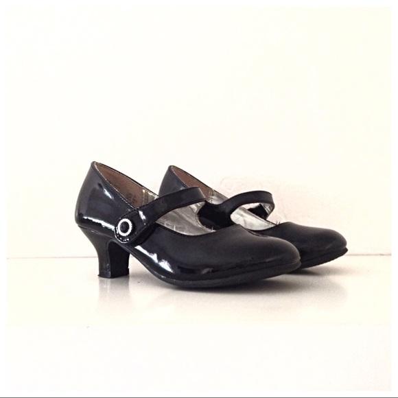 Black Shiny Mary Jane Toddler Shoes