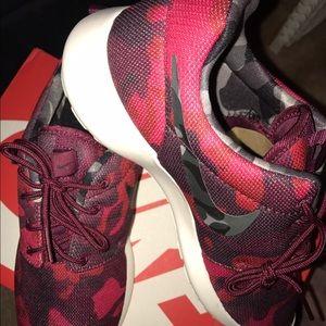 Nike Shoes - Nike Roshe Run Print Camo Red Burgundy Black Shoes