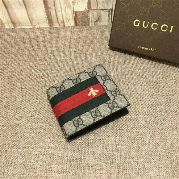4999fd7c9a26 Gucci GG Supreme Web Wallet