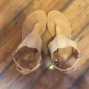 385 Fifth Shoes - Nude Sandals