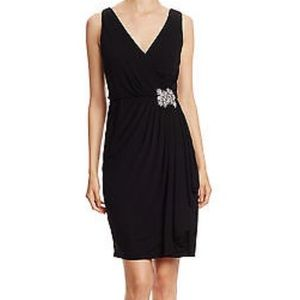 Badgley Mischka Dress. Black size 6